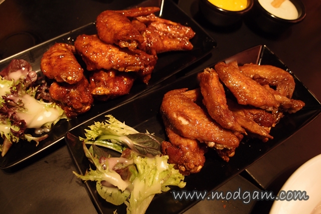 Spicy buffalo Wings, Honey Glazed BBQ